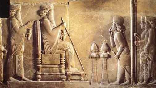 Дарий принимает почести от вассалов