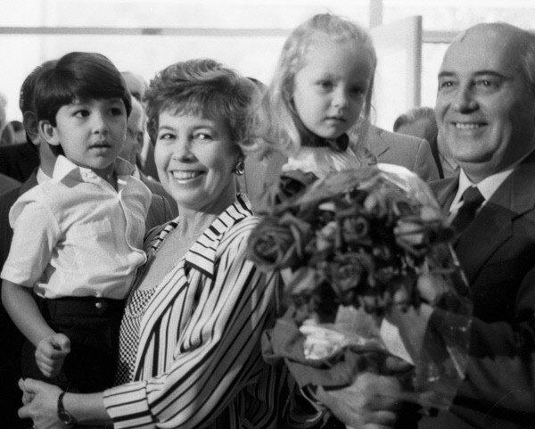 М. С. Горбачев и Р. М. Горбачева. Фото 80-х годов