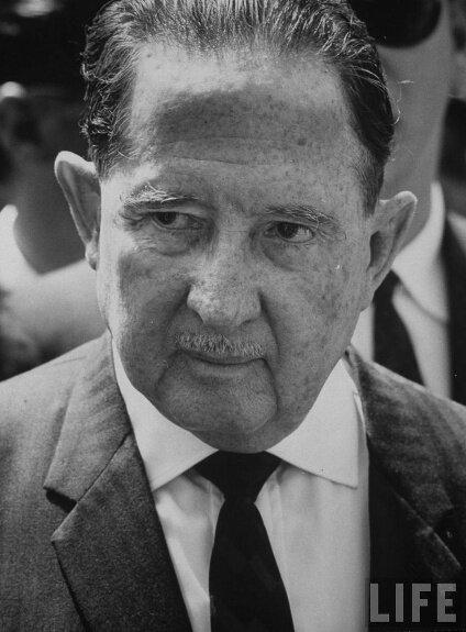 Хосе Мигель Идигорас Фуэнтес. Фото: 1982 г.