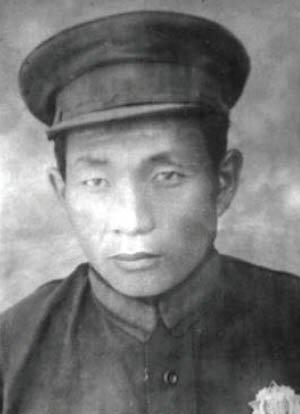 Жамбын Лхумбэ