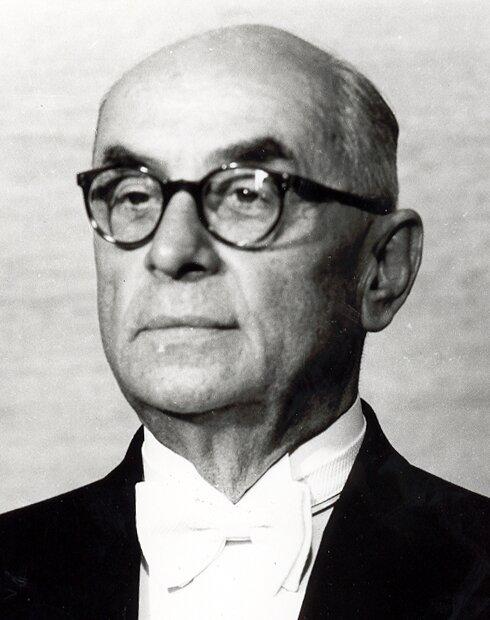Махмуд Баяр