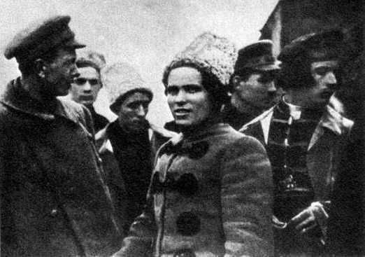 Лидеры повстанцев в 1919 г. (слева направо): С. Каретник, Н. Махно, Ф. Щусь