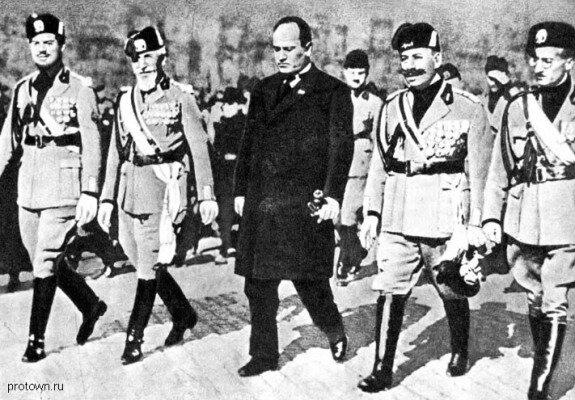Поход на Рим итальянских фашистов во главе с Муссолини. Фото: 1927 г.
