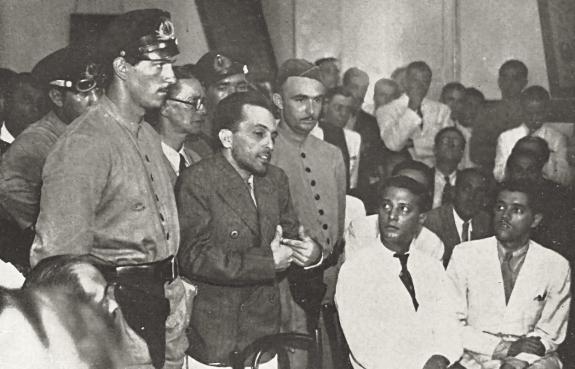 Лидер бразильской КП Престес на суде. Фото: 1937 г.