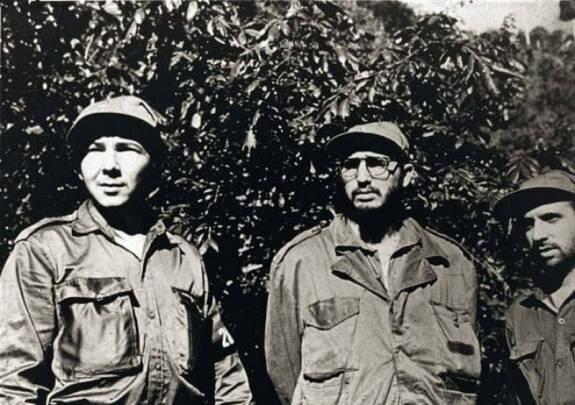 Рауль и Фидель Кастро. Фото: 1958 г.