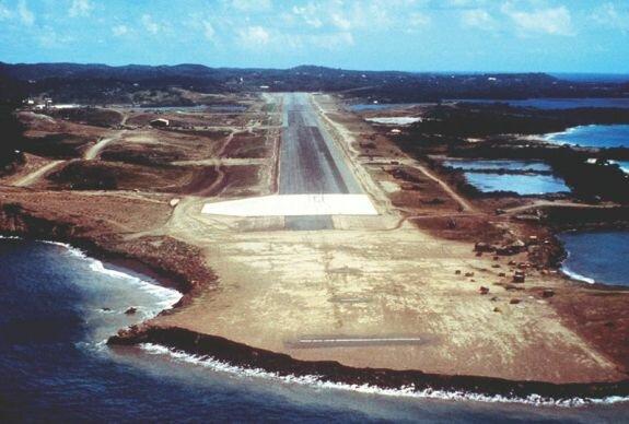 Строящийся международный аэропорт Пойнт-Салинас. Фото: 1983 г.