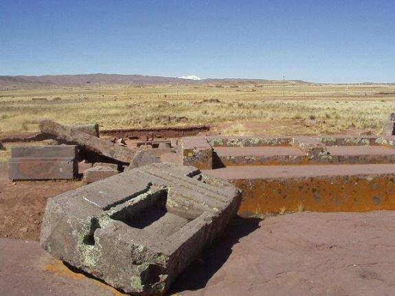 Археологический комплекс Тиаунако