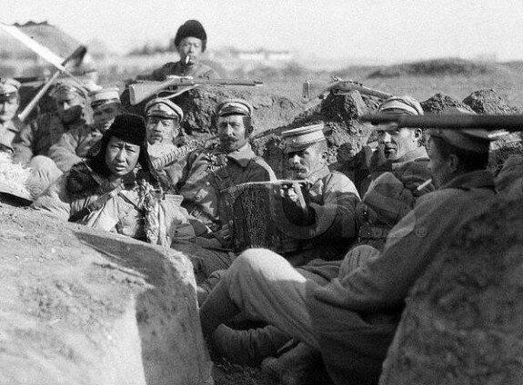 Белогвардейцы на службе северных милитаристов. Фото: 1920-е гг.