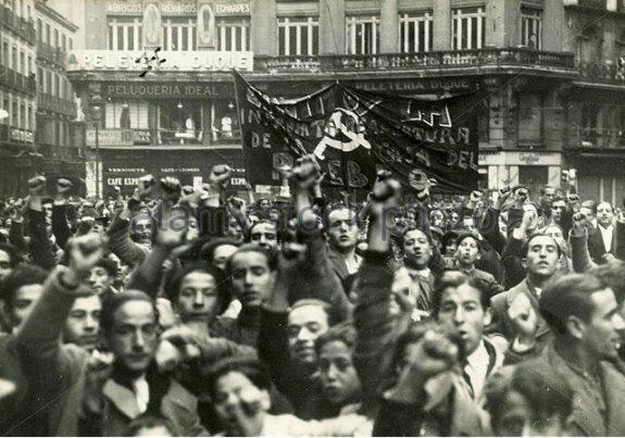 Демонстрация испанского народного фронта в Мадриде. Фото: 1936 г.