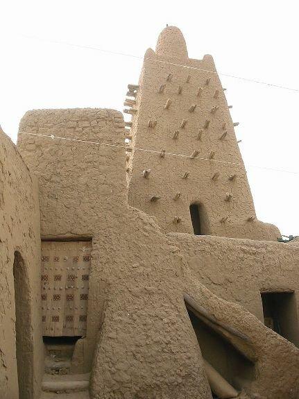 Джингереберская соборная мечеть, построенная в 1327 г. Томбукту, Мали