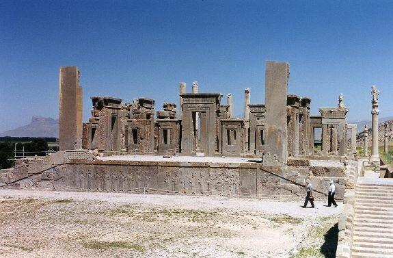 Дворец Дария в Персеполе, Иран