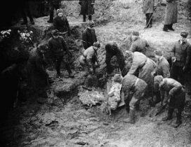 эксгумация тел погибших в Катыни