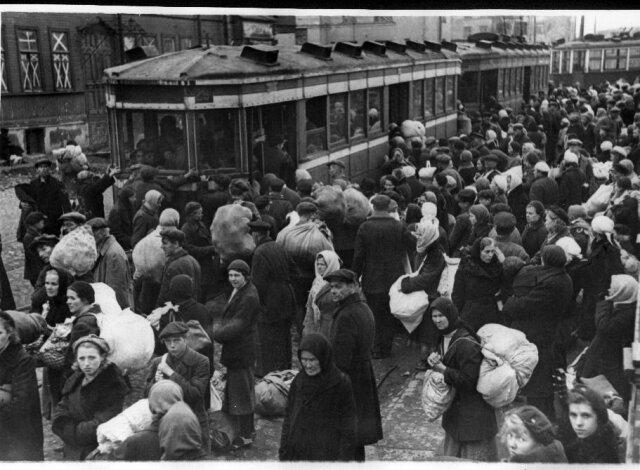 стихийная эвакуация в Москве