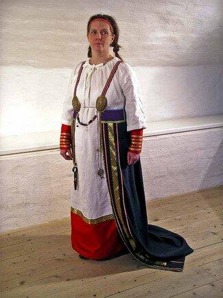 Женщина-викинг. Современная фотография