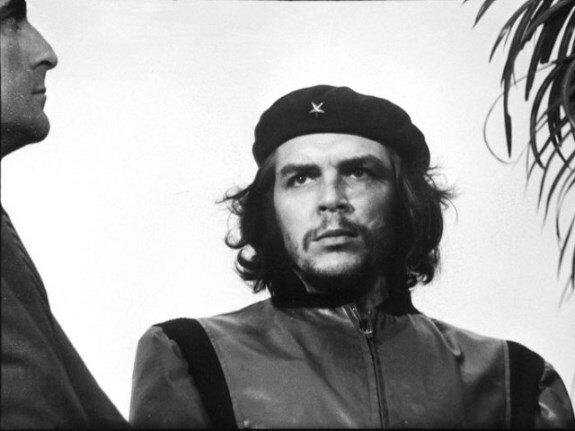 Портрет Че Гевары «героический партизан». Фотограф: А. Корда