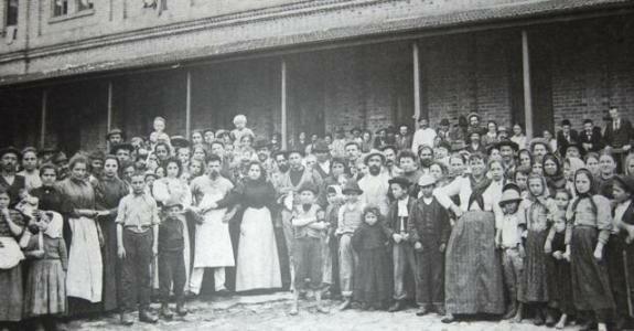 Итальянские иммигранты, пребывающие в Сан-Паулу. Фото: 1890 г.