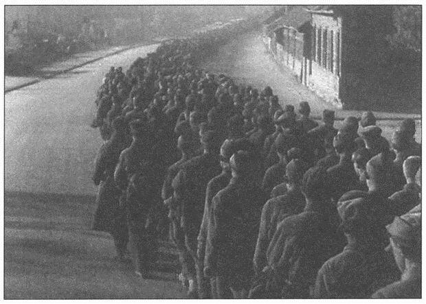 колонная советских пленных