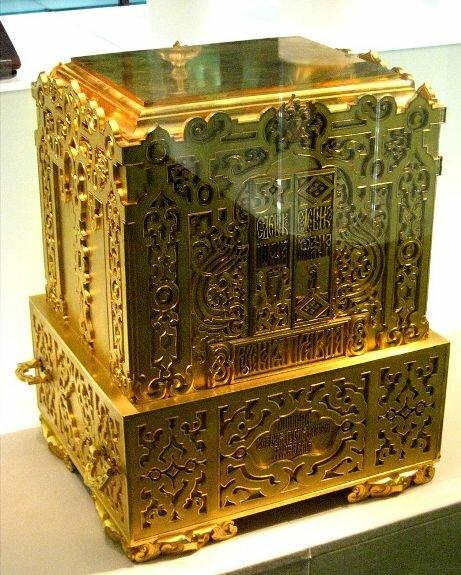 Ларец-ковчег для хранения «Русской правды», судебников, грамот