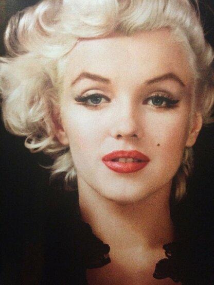 Мерелин Монро. Пример макияжа 50-х гг.