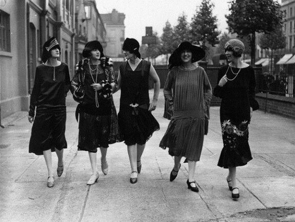 Женская мода в ревущие двадцатые