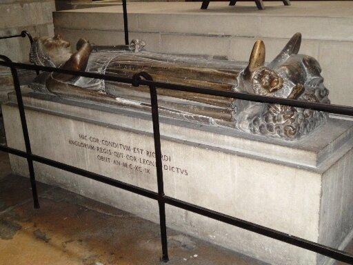 Могила Ричарда Львиное сердце в кафедральном соборе Руана