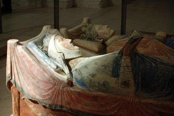 надгробие Элеоноры Аквитанской
