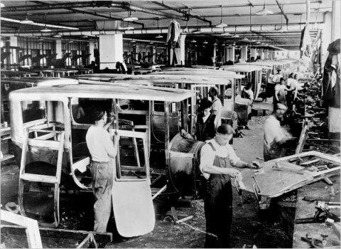 Сборочный цех компании Паккард. Детройт. Фото 20-х годов