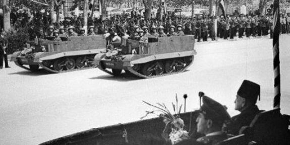 Парад в честь дня независимости Сирии (отмечается 17 апреля). Фото 30 апреля 1946 г.