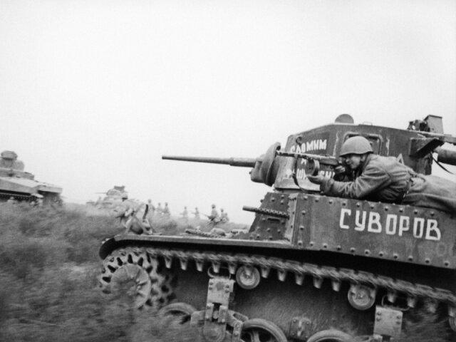 пехотинец на танке