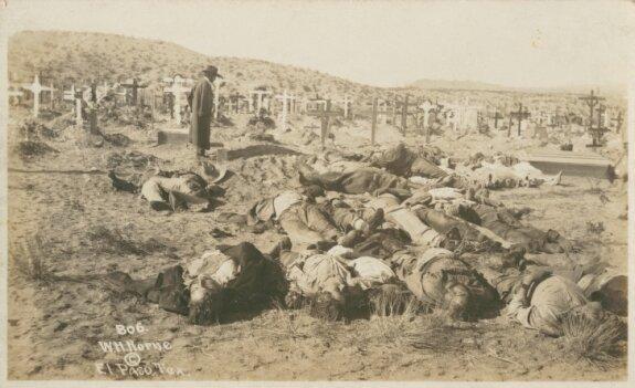 Тела погибших в одном из боев Мексиканской революции. Фото: 1913 г.
