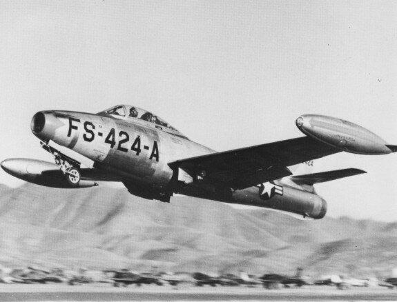 Самолет F-84E-15 в Корее. Фото: 1952 г.