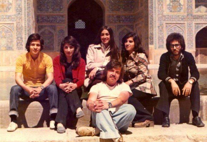 студенты Тегеранского университета