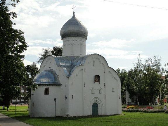 Церковь св. Власия на Волосовской ул. Новгород. 1407 г.