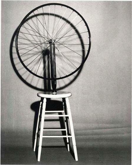 Марсель Дюшан. «Велосипедное колесо», 1913.