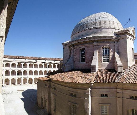 Центр де ла Вьей Шарите. Вид на внутренний двор и часовню