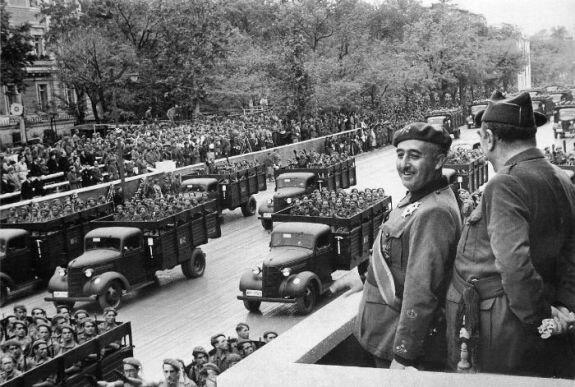 Войска Франко занимают Мадрид. Фото: 28 марта 1939 г.